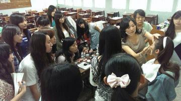紋繡彩妝教學